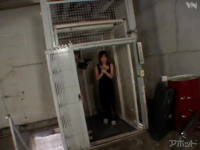 【エロ動画】露出姉in美竹涼子|抜けるエロ動画が多い