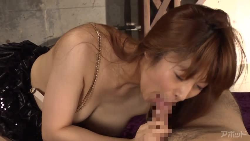 【エロ動画】New Comer 超美形現役サーカス団員 暮野ソフィアのエロ画像1枚目
