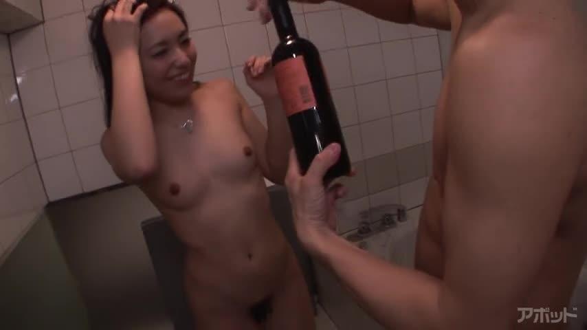 エロ動画、酔うとスケベになる女の表紙画像