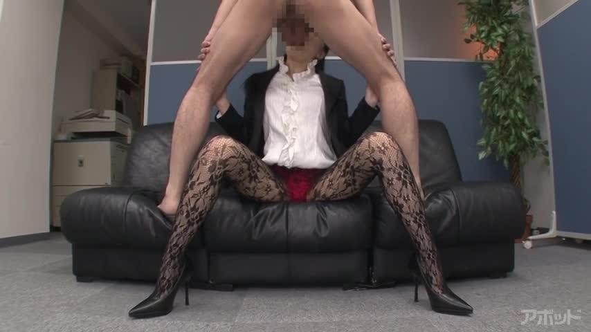 【エロ動画】毎日やらしいパンスト履いてる女子社員 美里有紗のエロ画像1枚目