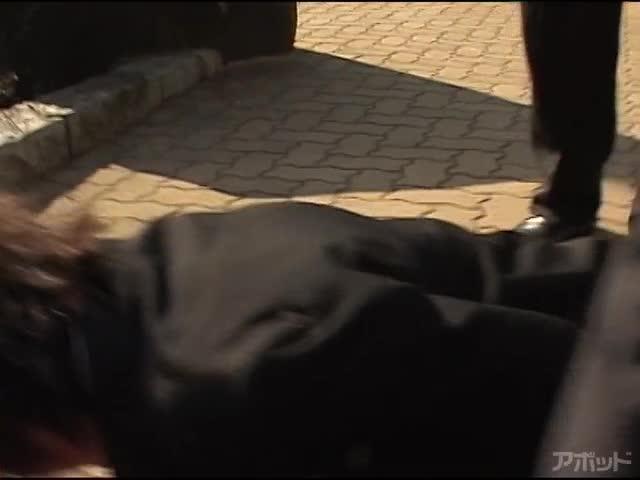 【エロ動画】女教師監禁飼育 小沢なつきのエロ画像1枚目