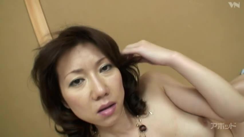 エロ動画、ミセス旬報VOL.2 白鳥美鈴の表紙画像