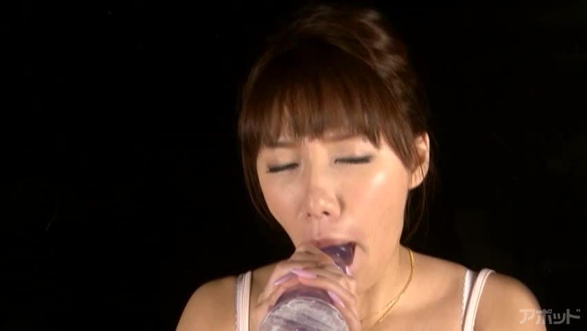 エロ動画、可愛い声の女の子 平井七菜子の表紙画像